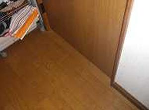 寝室扉 手摺り取付前