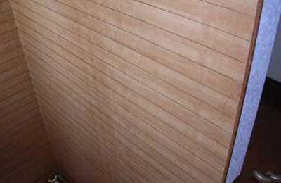 階段室 手摺り設置前
