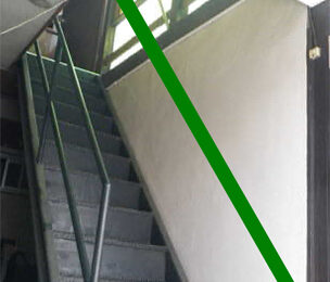 屋外階段 手摺り取付前