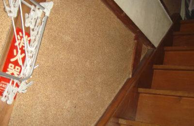 階段 手すり設置前