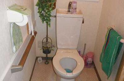 トイレ 手摺り取付後